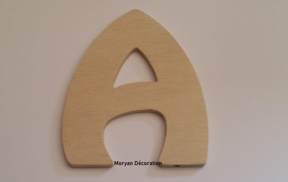 Lettre en bois brut à peindre modèle BUBBLE