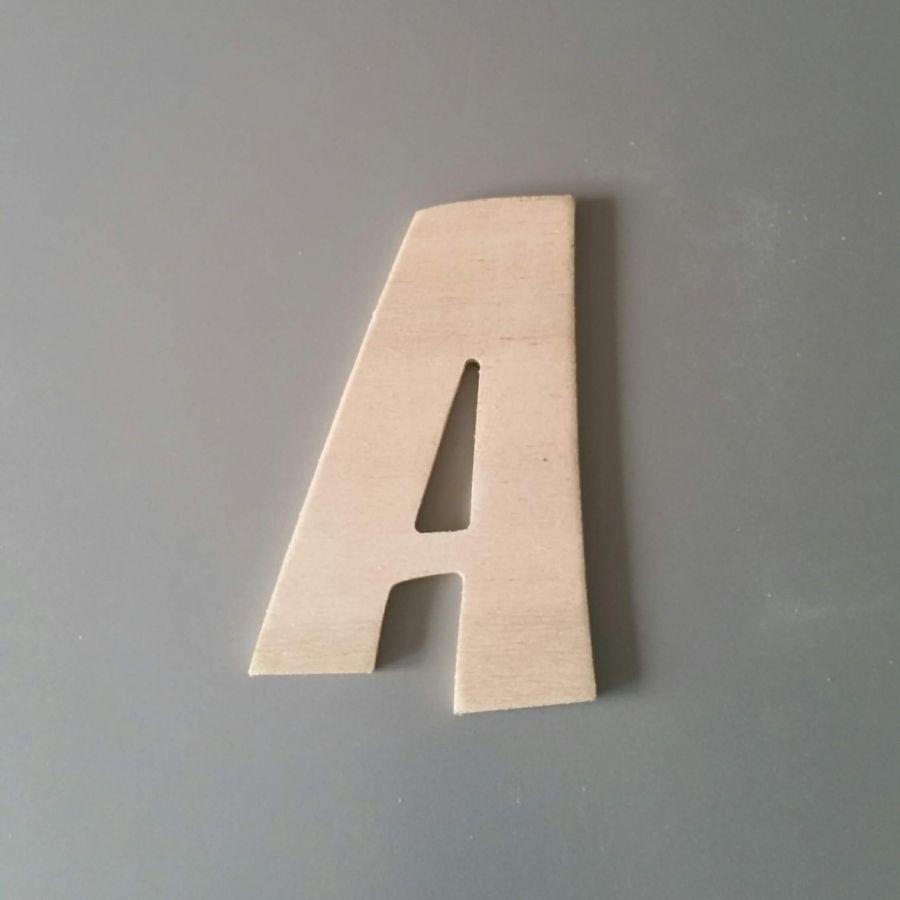 Lettre en bois brut à peindre modèle CARTOON