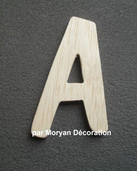 Lettre en bois brut à peindre modèle DOM CASUAL