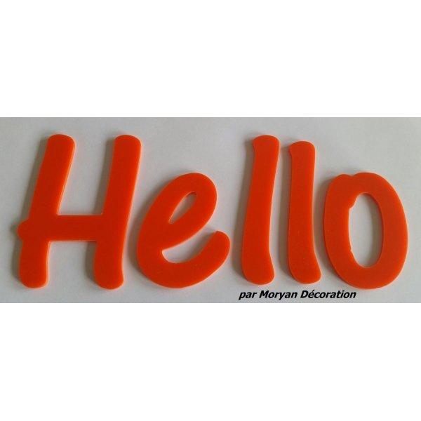Lettre deco Hello en plexi , hauteur 30 cm