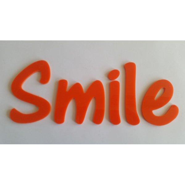Lettre deco Smile en plexi orange