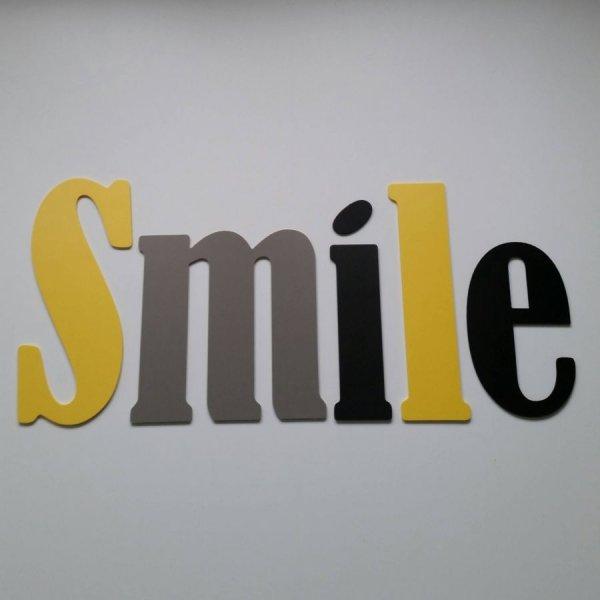 Lettre decorative murale Smile