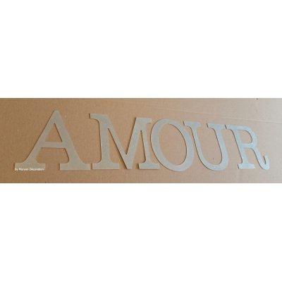 Lettre decorative en zinc AMOUR 20 cm
