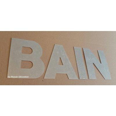 Lettre decorative en zinc BAIN 30 cm