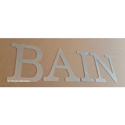 Lettre decorative en zinc BAIN 10 cm