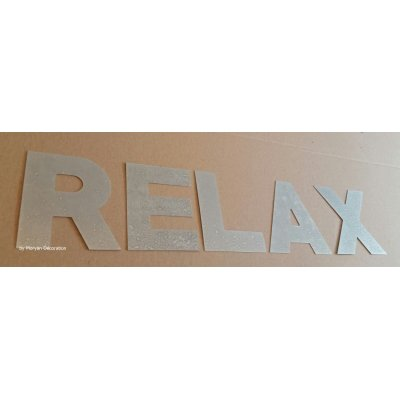Lettre decorative en zinc RELAX 30 cm