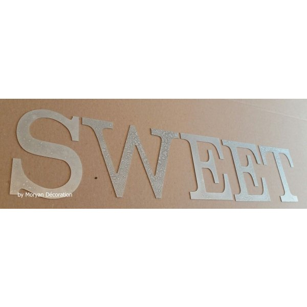 Lettre decorative en zinc SWEET 30 cm