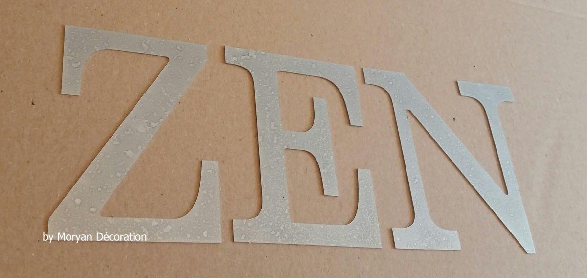 Lettre decorative en zinc ZEN 20 cm