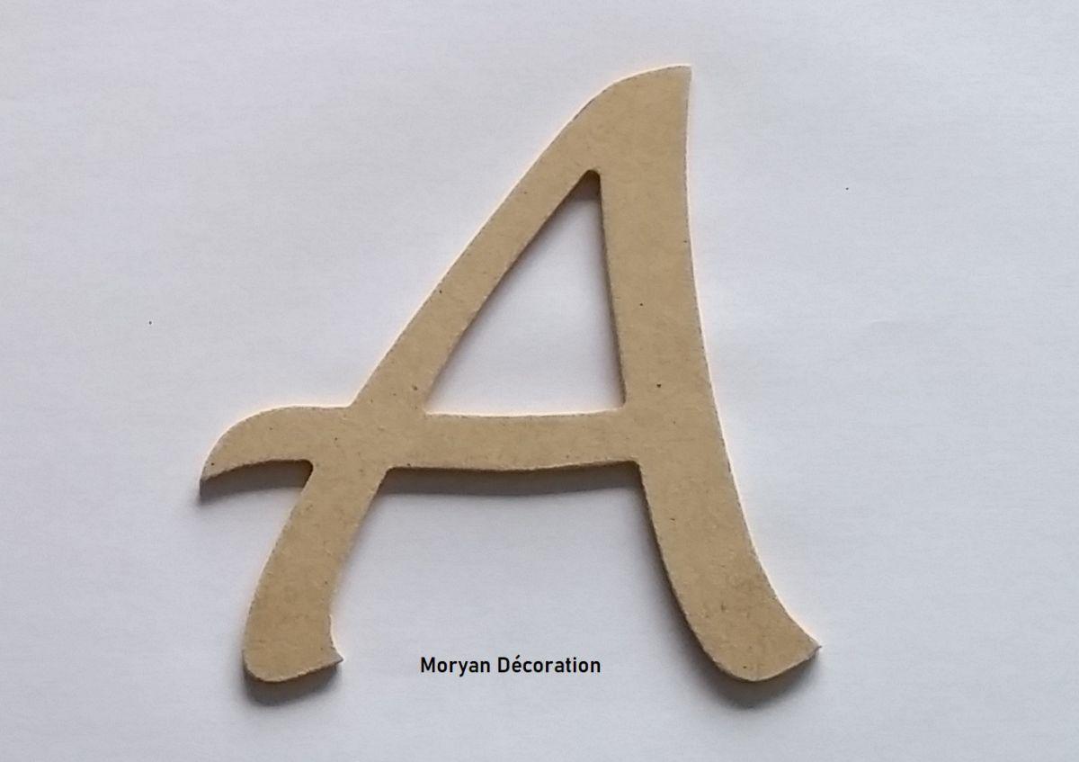 Lettre en MDF brut à peindre modèle LUCIDA HANDWRITING