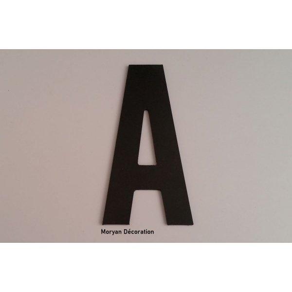 Lettre plastique PVC noir BATON