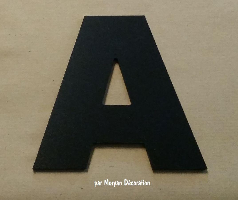 Lettre plastique PVC noir ARIAL BLACK