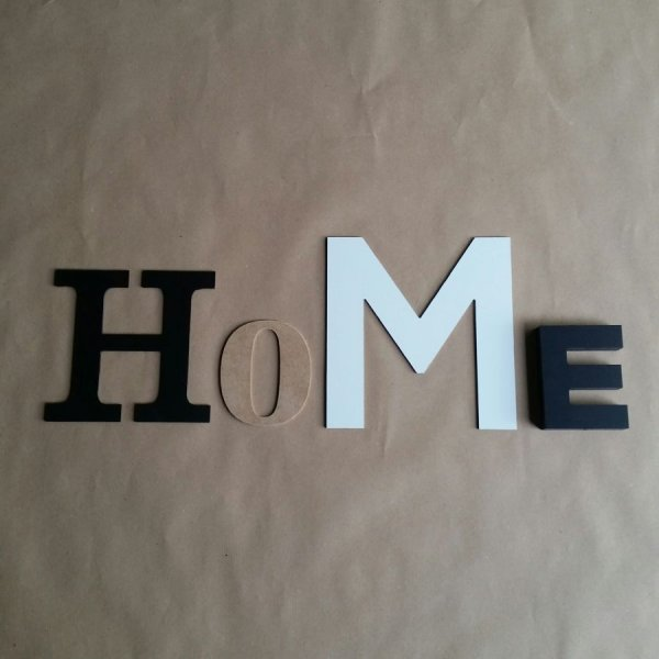 Lettre decorative murale HOME