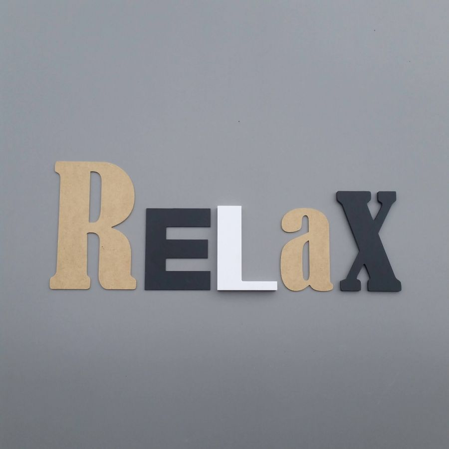 Lettre decorative murale RELAX