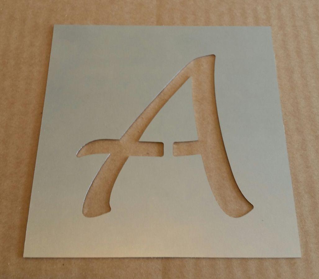 Pochoir lettre métal zinc modèle LUCIDA HANDWRITING