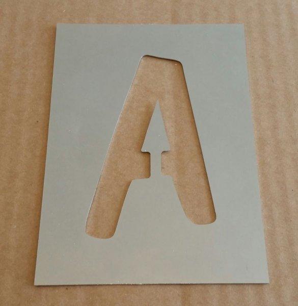 Pochoir lettre métal zinc modèle DOM CASUAL