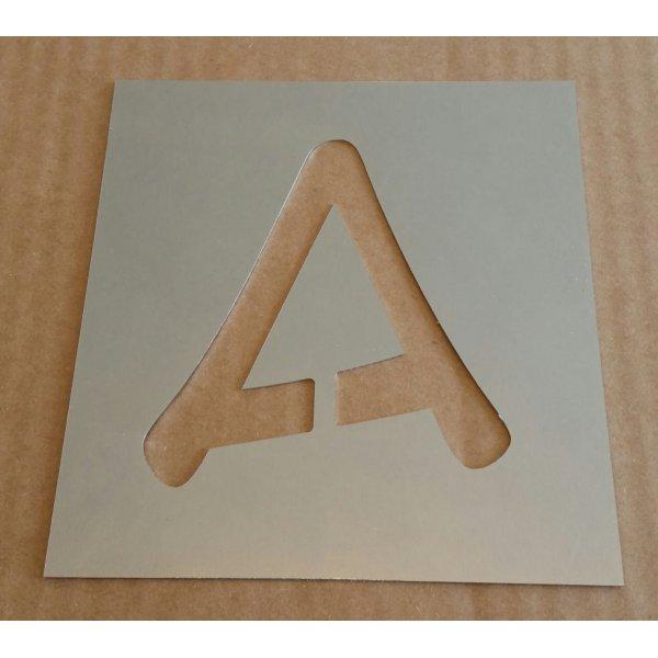 Pochoir lettre métal zinc modèle ANIME