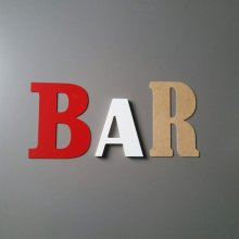 Lettre decorative murale BAR