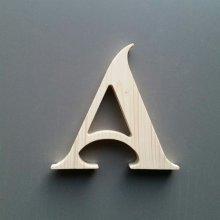 Lettre en bois épicéa SHANGRI LA