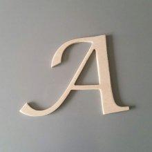 Lettre en bois brut à peindre modèle LUCIDA CALLIGRAPHY